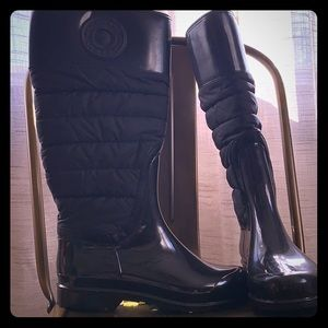 Burberry cold weather boots